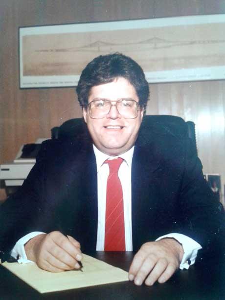 Mark Michaelis